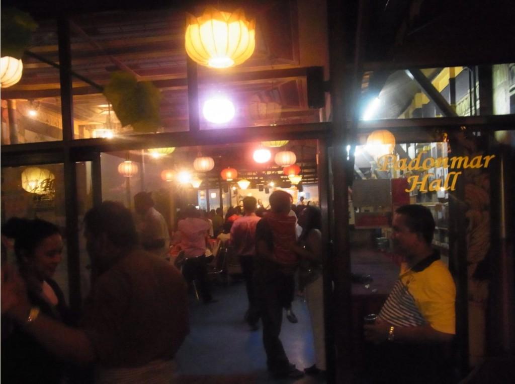 ミャンマー高級料理店