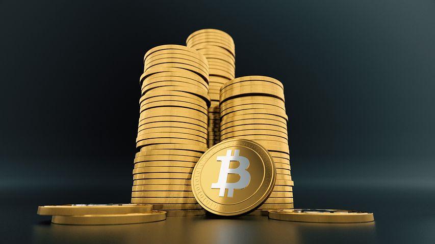 bitcoin-3024279__480