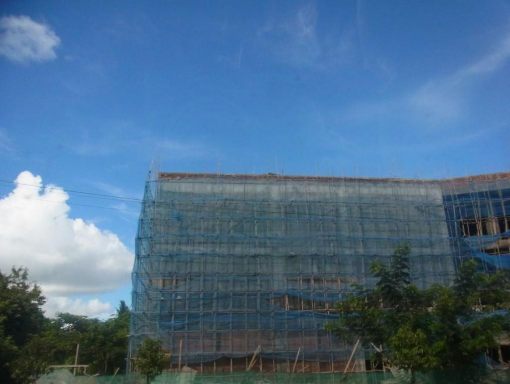 ミャンマーの建設中の建物